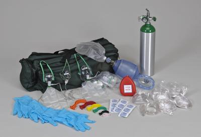 O2 admin kit with many parts shown